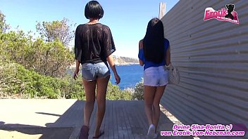 sich sklave stellt schau zur Asian slut on the hotel meeting with someone