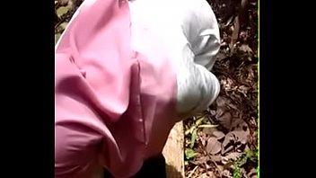 indin forest sex Mature women ball busting