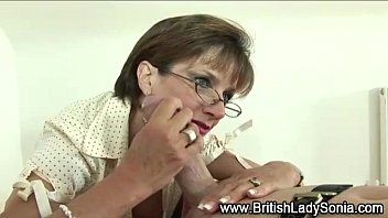 lovely lady sonia Hot pussy licking in a real amateur