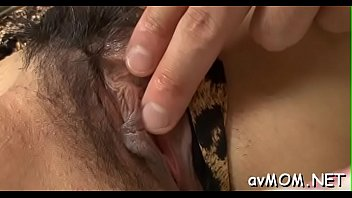 asian squirt fingered Soeur e frere