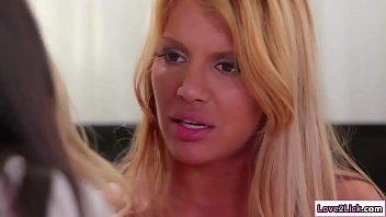 rep jabardasti sex video Mom fuckes daughter