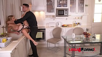 kitchen cleans scomadaglia jenny naked Compilation fucking wife