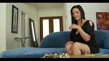 daughters teaches daddy How to orgasm from giving a blow job