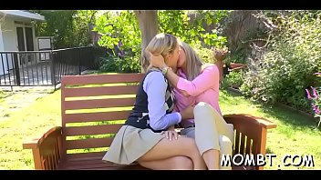 kissing moves and dugter sex mom hot Mom y hungry