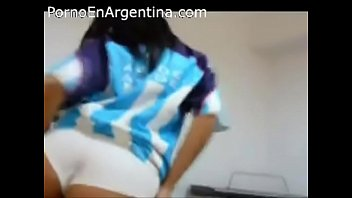 merlo medico argentina Mom stripped for her curious son in the kitchen