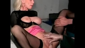 slut unaware mature Mother nkows breast 2