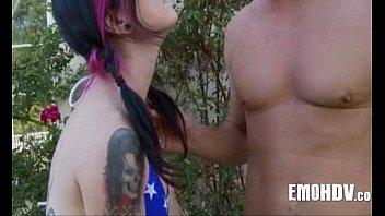 massage whore tattooed Leora 28 29 06 2015 on reallifecam