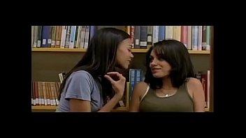 lesbian foot kiss slapp Celeb new 2014