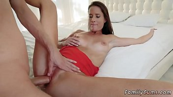 lesbian movies porn mom seduces daughter Goddes leyla ball crushing