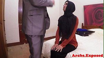 arab xxx muslim housewife youporn Jennifer lopez and salma hayek