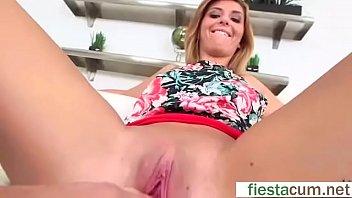 jozik show girl flashing one and tits by Jun minami 01