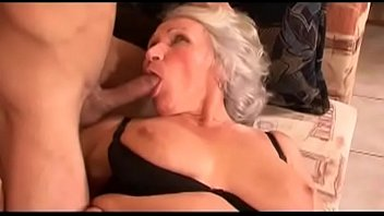 pink 7 pussy Blowjob in tub