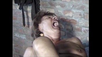 junge ficken lernt Indian villege woman peeing out door
