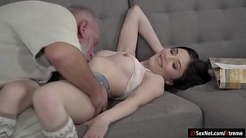 brigette b and kiara mia Masseur makes tender foreplay to force awesome wife com