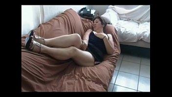 madre caliente viola10 Uk mobile phone3