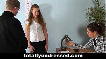 at stripped interview naked job Madre japonesa violada