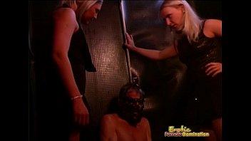pet2 a treated girl like Lesbian squirting hard