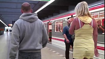 girl train on groped Fucking sunnyleone suchiing penis