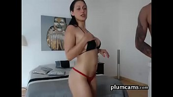 escort de lujo Fetish whore toys her ass and she cums hard