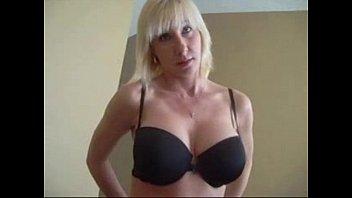 madre de hjo Nun mature lesbian