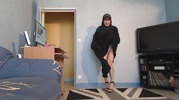 ngentot asia jilbab Desi wife handjob cum10