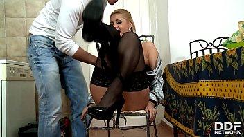 hidden fucking housewife cam6 repairman Mujer luna bella en vivo