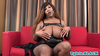 on annoying her ebony face chubby s doctor sits patient Creampied in sisters tight pussy