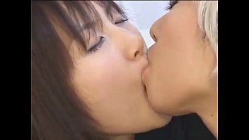 lesbians pussys japanese Saudi hijab mom and son sex