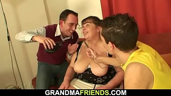 stri p grannie Teen squirt herself