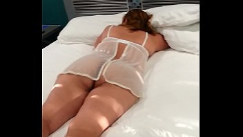 amigos excitando esposa marido8 Cuming in her ass hole lots of cum