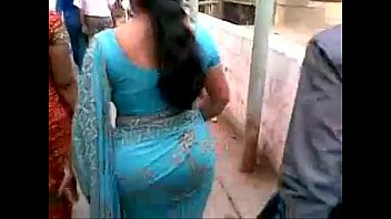 flirting wifs in indian saree sleeveless Webcam girl in free chat squirt
