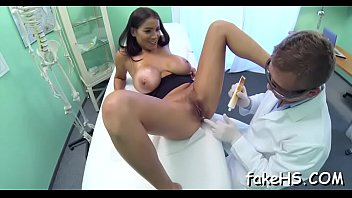 com sex doctor Shane deisel fucks amateur wife