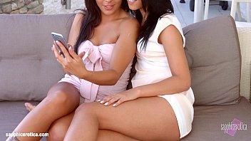 jessie and kinky lesbians brea Green nylon feet5