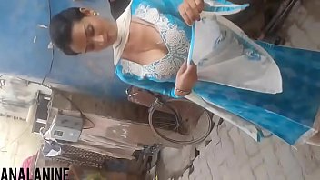 indians hot saree Indian teen pool changing room