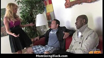 swallow bbc mom Kamala aunty fuked by nebiour