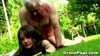 sex have mimoms com by brunette Big booty homemade gangbang