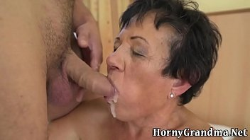 inside2 old cums Gia and chastity are horny for anal dicking