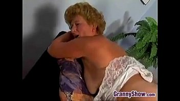 stepmom fucks chubby best friend Con gloriasex di foggia