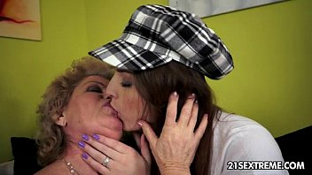 young homemade fistng lesbian a Jav dad uncensored