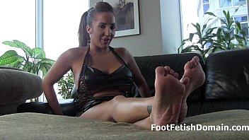 trampling indian gf feet sexy Rape bondage machine forced cry