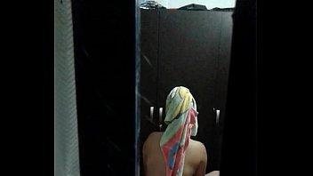 vicinas espiando finestra How do i close this