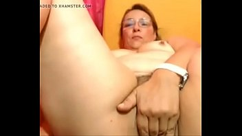 woman mature hairy Kitkat sex scandal