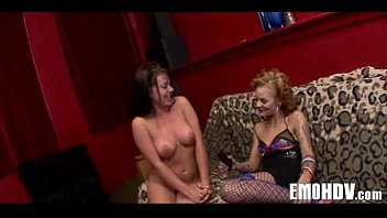 petplayeing lesbian natursekt emo Japanese nude girls at dressing room