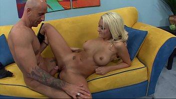 roshi video master Horny girl seduces her boyfriend in bathtub5