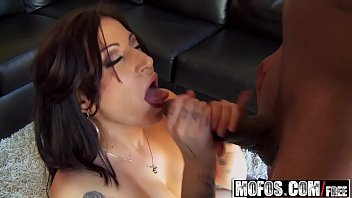 mary la de cruz teniendo sexo paz Drink follow by a fuck in asia