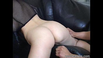 cleans cuckold slave Asian chick s lips look good gripping a cock