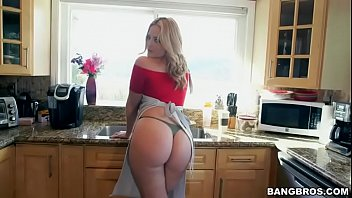 xxx4 senger postho Sex on vacation with friends wife