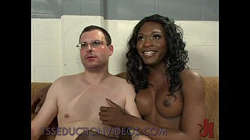 black dating tranny Pooping and sitting