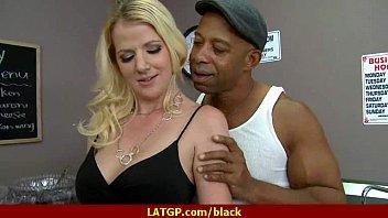 gagging black granny Prostitutas de bebedouro sp5