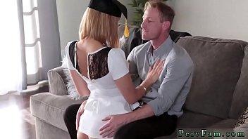 atas katil seks Ensinando a cunhada
